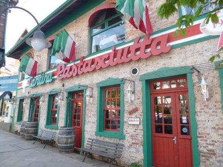 beautiful-facade-of-cantina